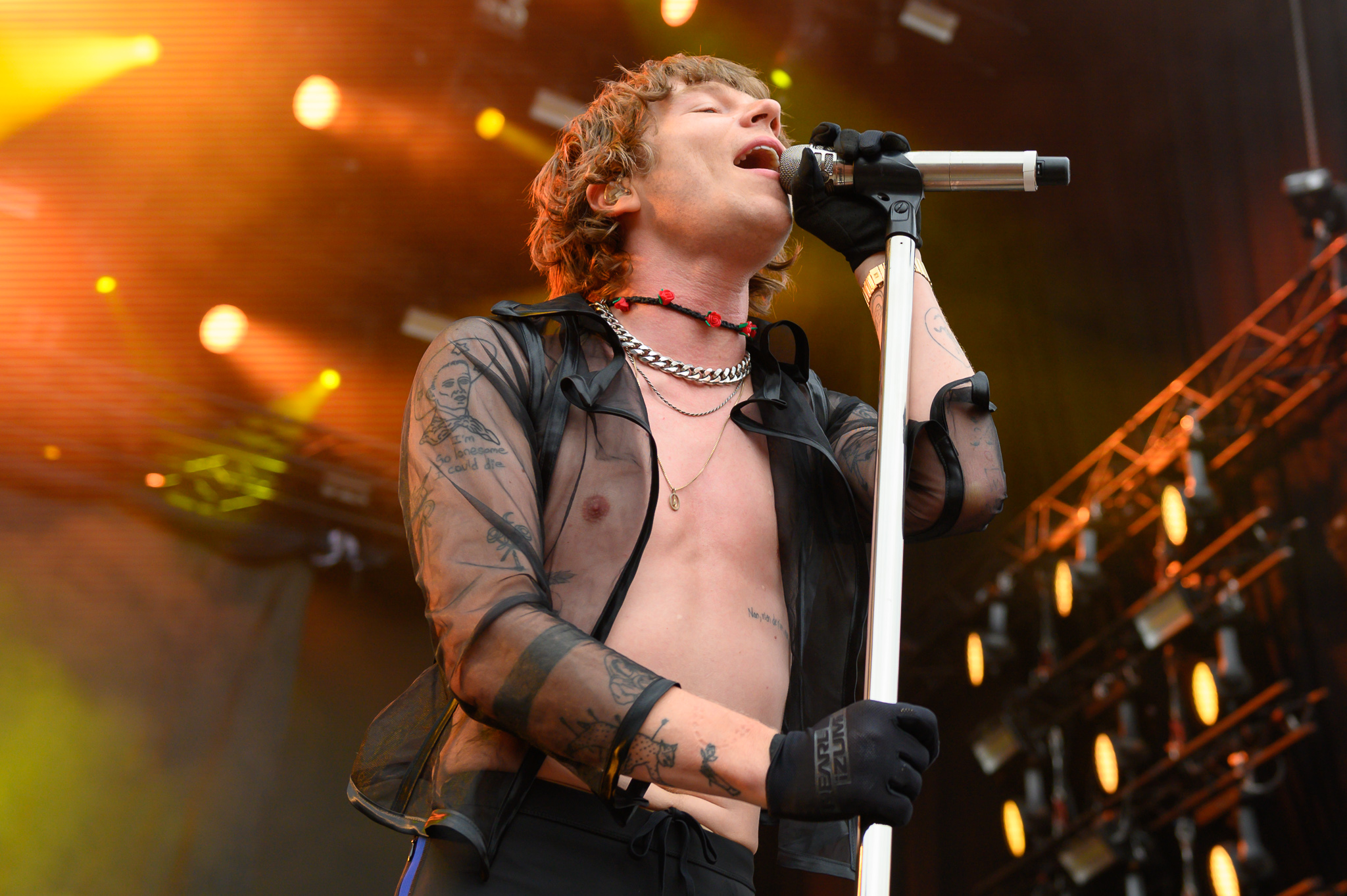 Cage the elephant popular songs
