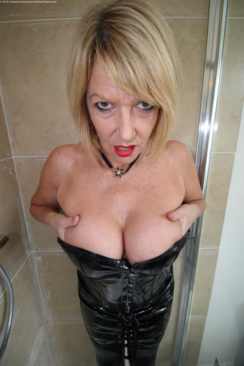 Southern charms amy