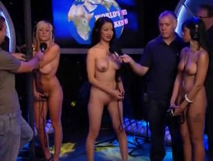 Nude woman contest