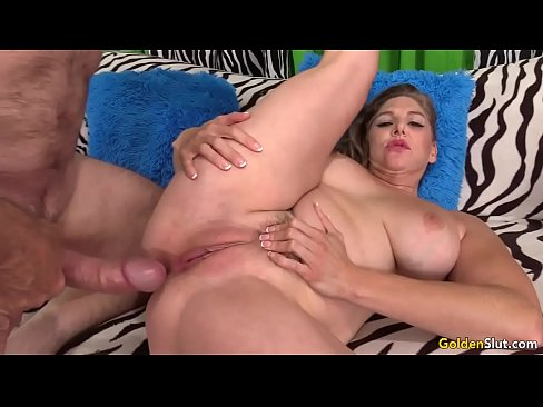 Sexy pussy taking it hard